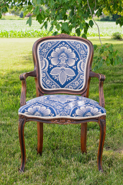 Gracious Farmhouse Chair
