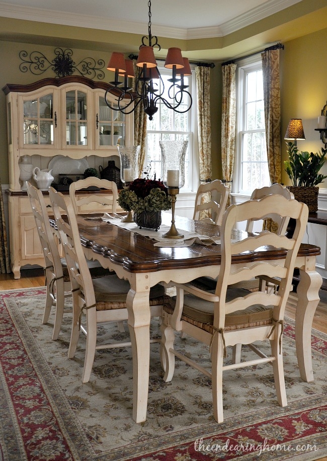 Painted dining room chairs on pinterest table and chairs for Dining room in french