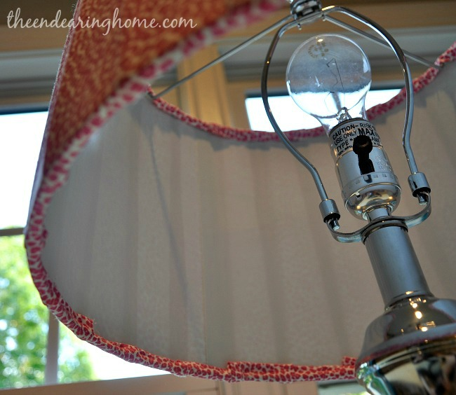 Faux Pleated Lamp Shade Makeover