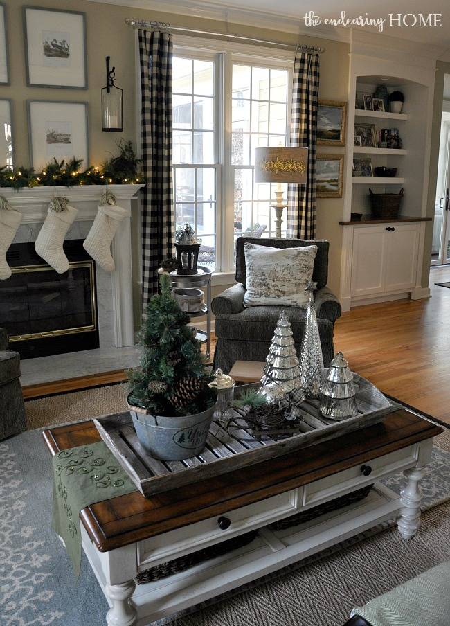 Christmas in the Family Room 2015 - The Endearing Home