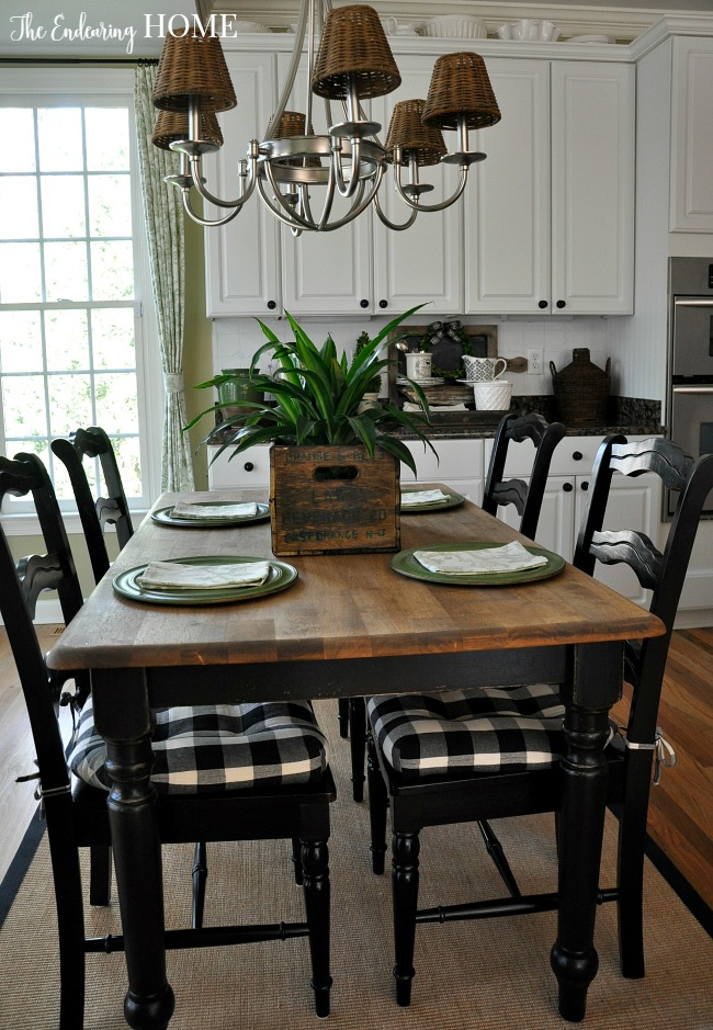 Farmhouse Style Kitchen Table Makeover
